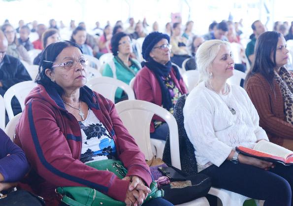 """Frei Bruno diz que:""""O primeiro dom da profecia é acreditar nela"""" Foto: Wesley Almeida/cancaonova.com"""