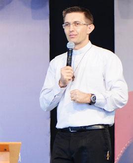 Padre João Marcos. Foto: Wesley Almeida/cancaonova.com