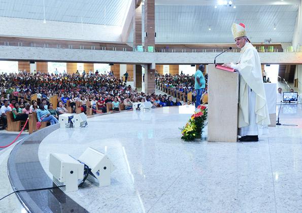 Os leigos são sujeitos na evangelização, afirma bispo em homilia