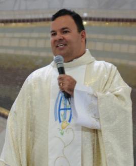 Padre Rafael. Foto: Regiane Calixto/cancaonova.com