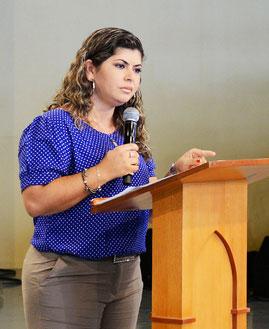 Alexandra Gonçalves. Foto: Wesley Almeida/cancaonova.com