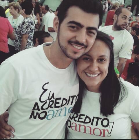 Jênifer Vaz - Hosana Brasil 2015