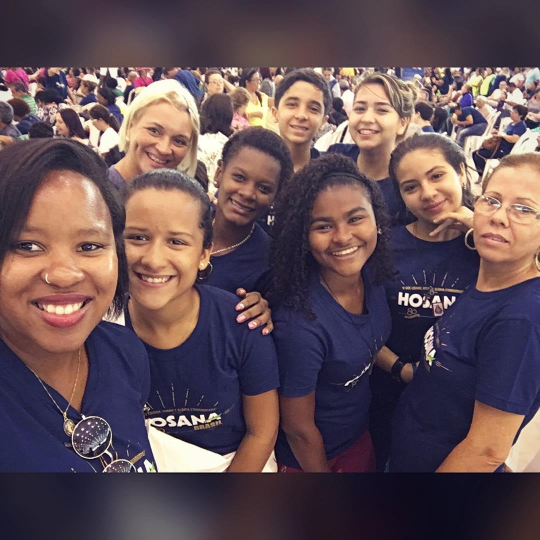Vivi - Hosana Brasil 2016
