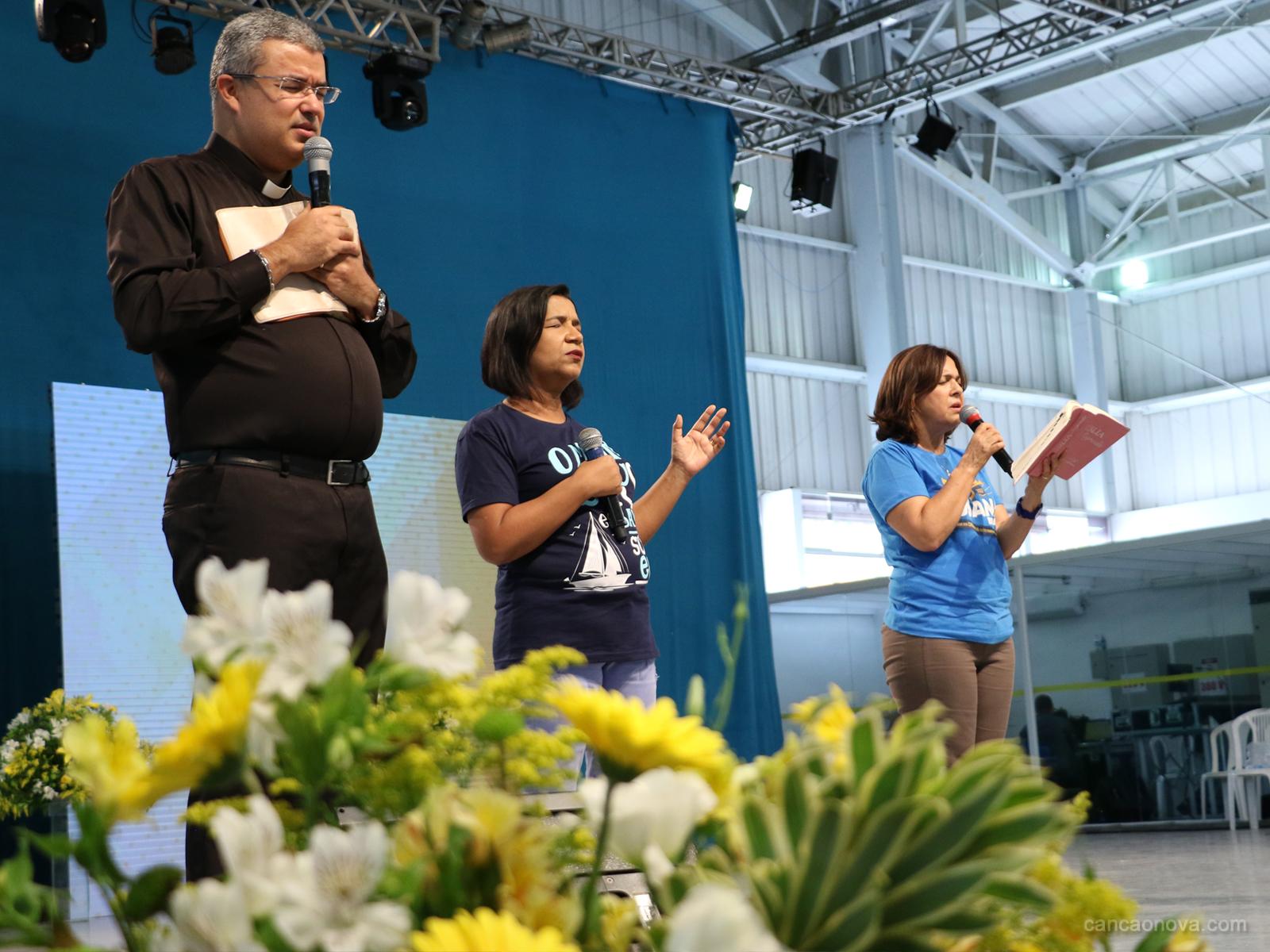Passeio da barca no Hosana Brasil é um momento de fé e oração (12)
