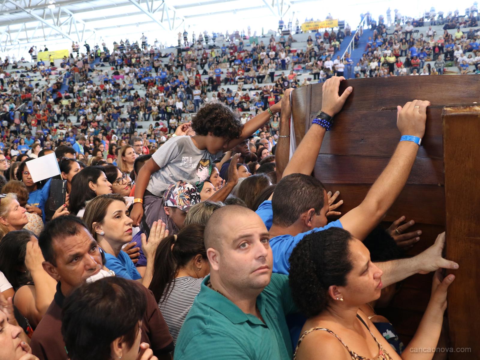 Passeio da barca no Hosana Brasil é um momento de fé e oração (13)