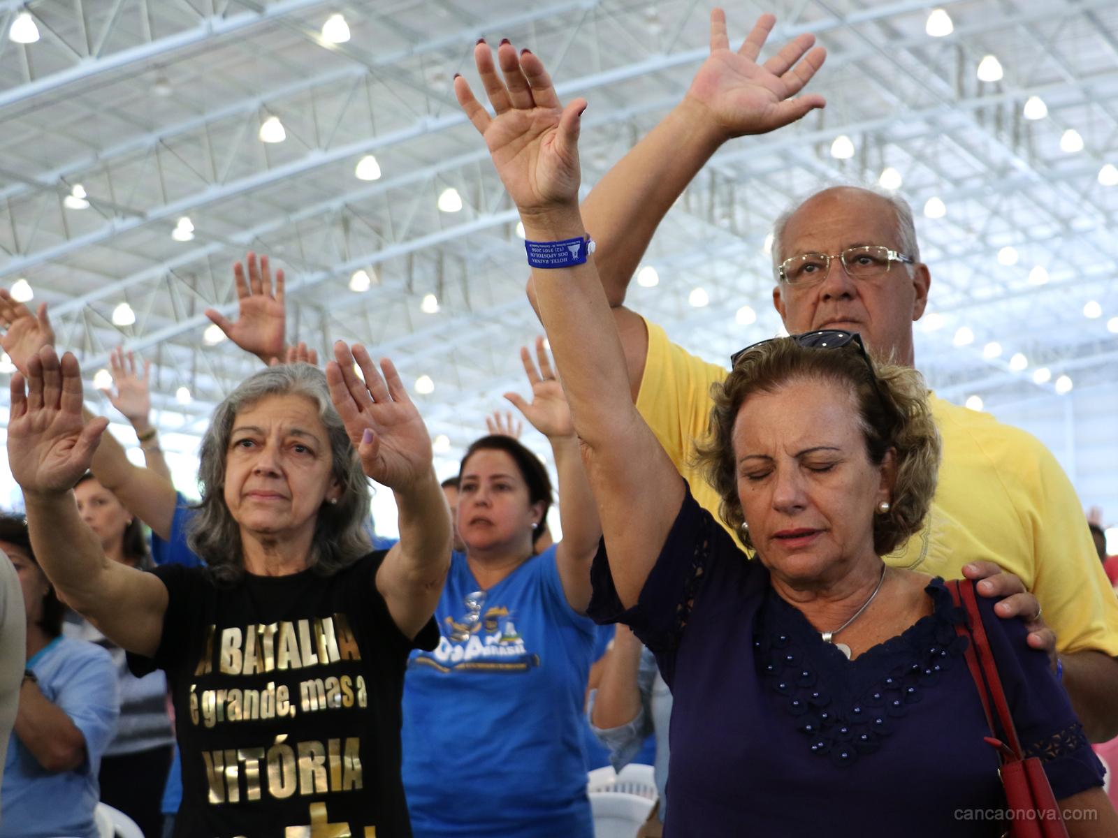 Passeio da barca no Hosana Brasil é um momento de fé e oração (15)