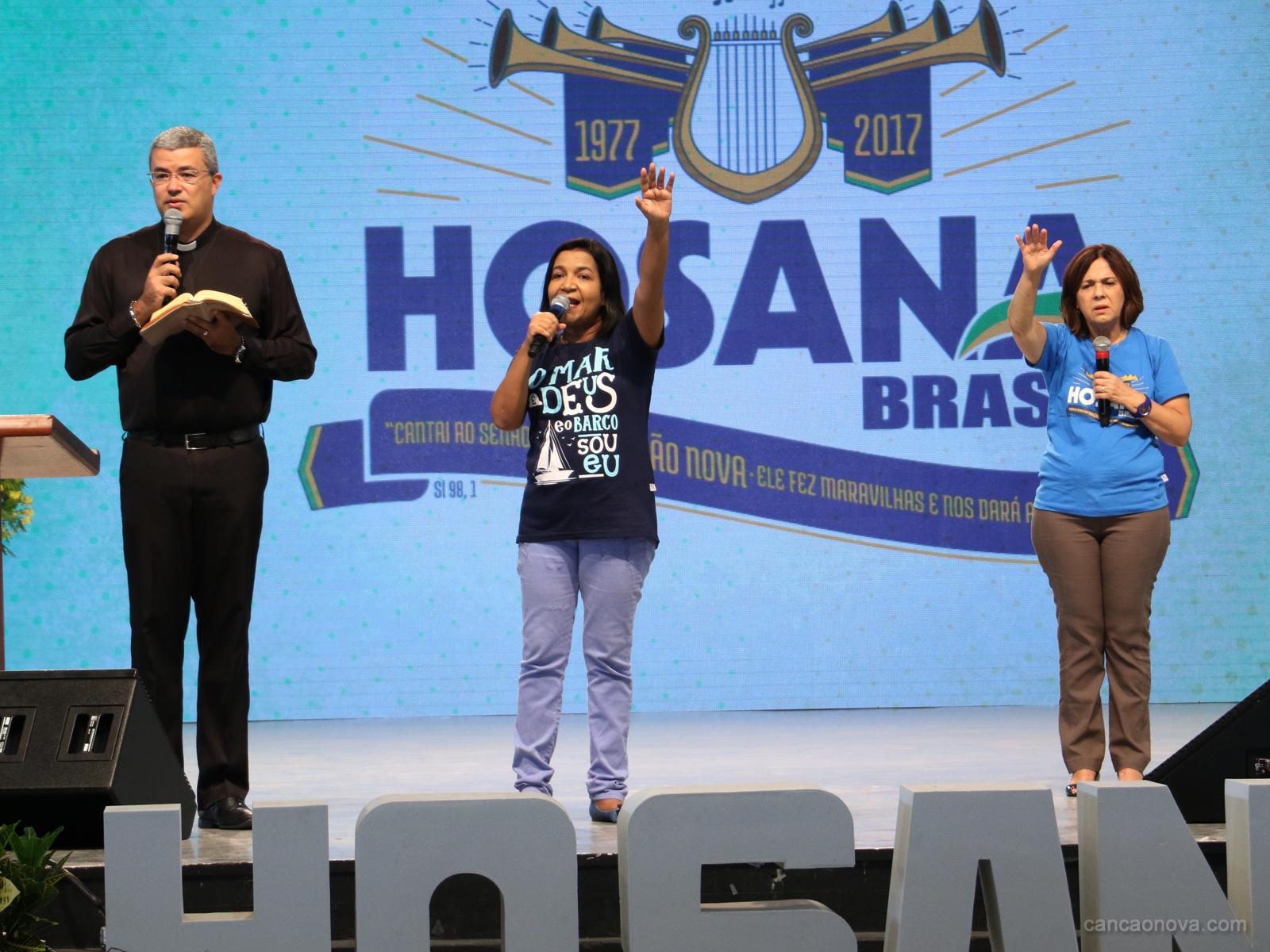 Passeio da barca no Hosana Brasil é um momento de fé e oração (16)