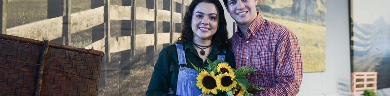 Fernanda Silva é pedida em casamento no palco do Canção Nova Sertaneja