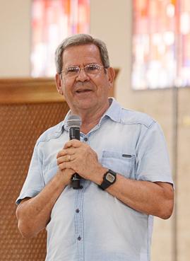 Professor Felipe Aquino
