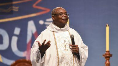 Um pecador à frente da Igreja para nos mostrar que quem governa é Deus