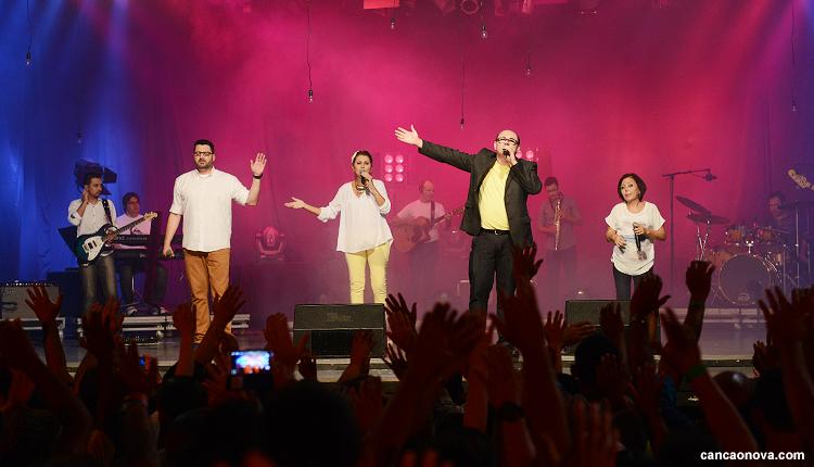 Vida Reluz faz show em Acampamento na Canção Nova - 4