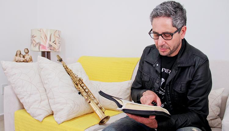 Como ser instrumento de Deus por meio da música?