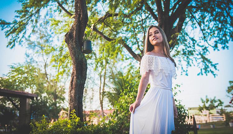 Camila Holanda é devota de Nossa Senhora. Foto: Arquivo Camila Holanda
