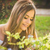 Camila Holanda desde pequena tem uma linda devoção a Nossa Senhora. Foto: Arquivo Camila Holanda