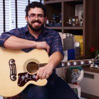 Diego Contiero cantor católico, esposo e pai, um homem que dedica a sua vida em fazer a vontade de Deus. Foto: DanielMafra/cancaonova.com