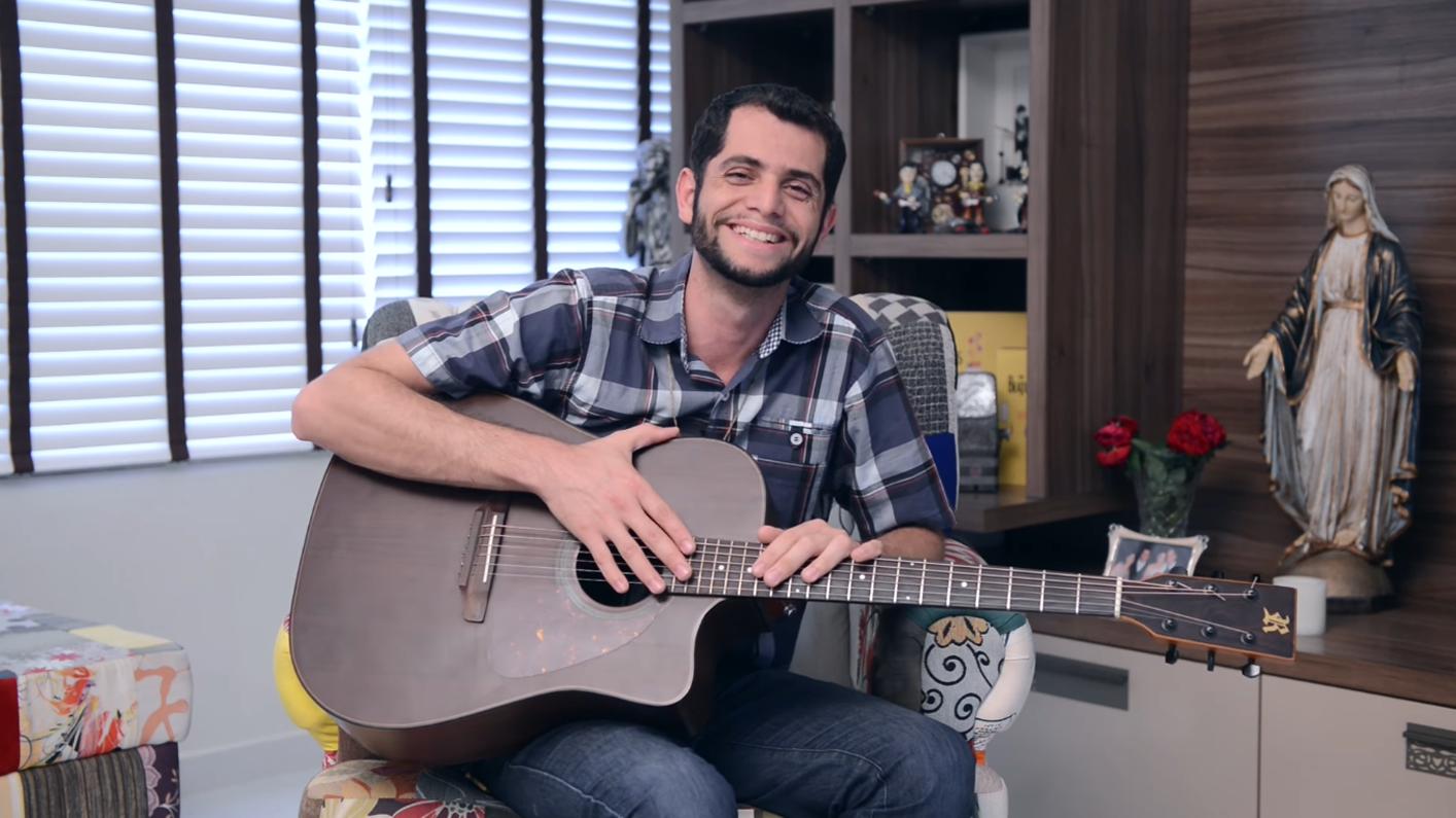 Elias Júnior participa do Bate-papo com o músico