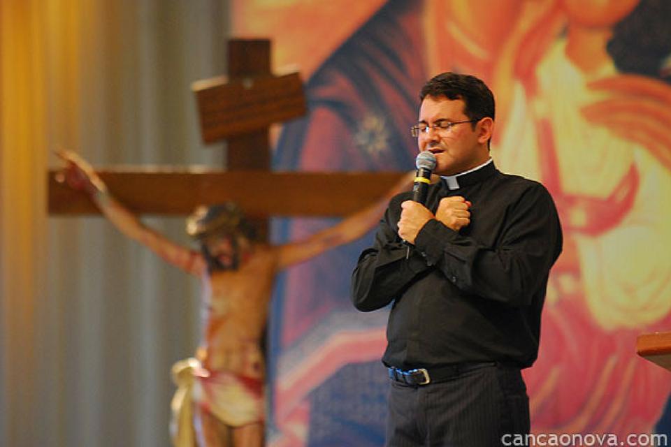 santo padre cleidimar moreira
