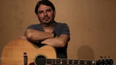 Programa Casa do Músico com a canção: Seu nome é Jesus