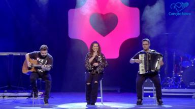 Assista ao show de Eliana Ribeiro na Canção Nova