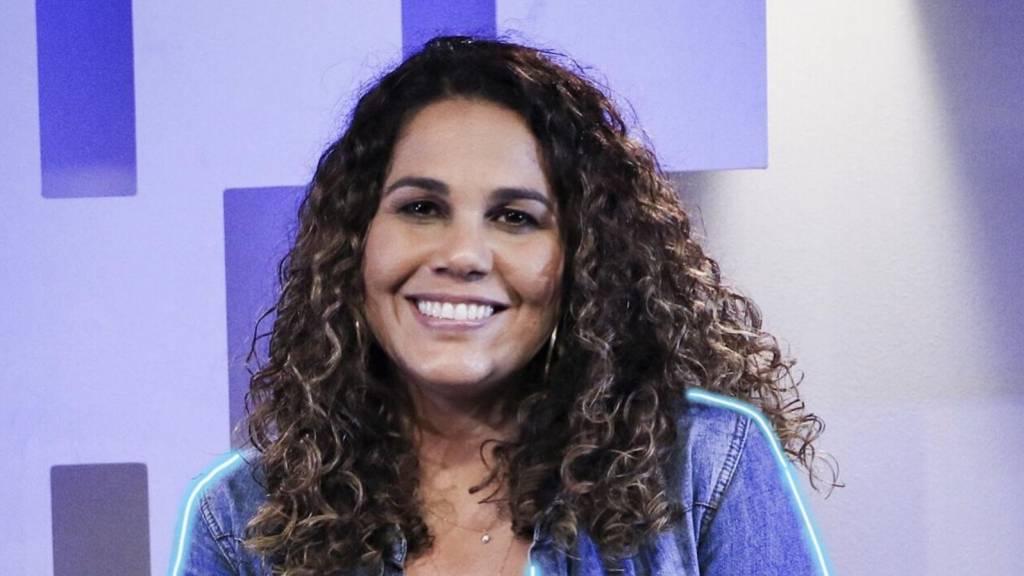 Eliana-Ribeiro-canta-e-ministra-oração-com-a-música-Barco-a-Vela-1024x576.jpg