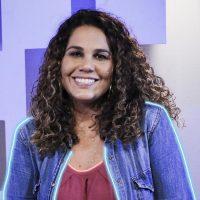 Eliana Ribeiro canta e ministra oração com a música Barco a Vela