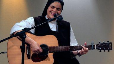 És o Meu Socorro | Irmã Ana Paula | Cantarolando