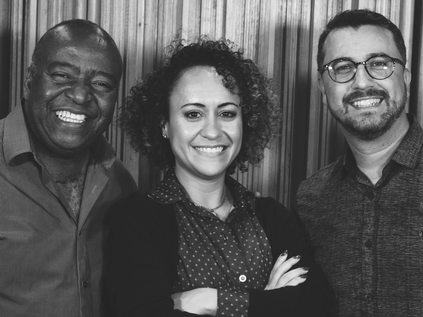 Grande Rei single de Eugênio Jorge, Cassiano Meirelles e Ana Lúcia