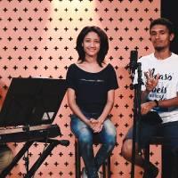 Uma Breve Pausa aprenda a cantar Deus Habita