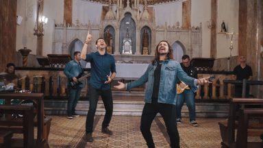 Enquanto Eu Te Adorar: clipe da canção de Emanuel Stênio