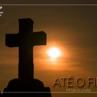 imagem da cruz em contra luz ao sol escrito o nome da música
