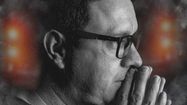 Cantor e compositorNando Mendeslança o single'Além da dor'