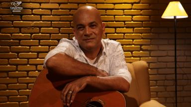 Gravadora Canção Nova produz versão Voz e Violão do single
