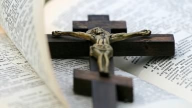 Não há cristianismo sem cruz