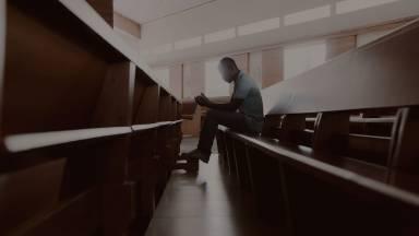 Reze e peça proteção a Jesus para a sua vida