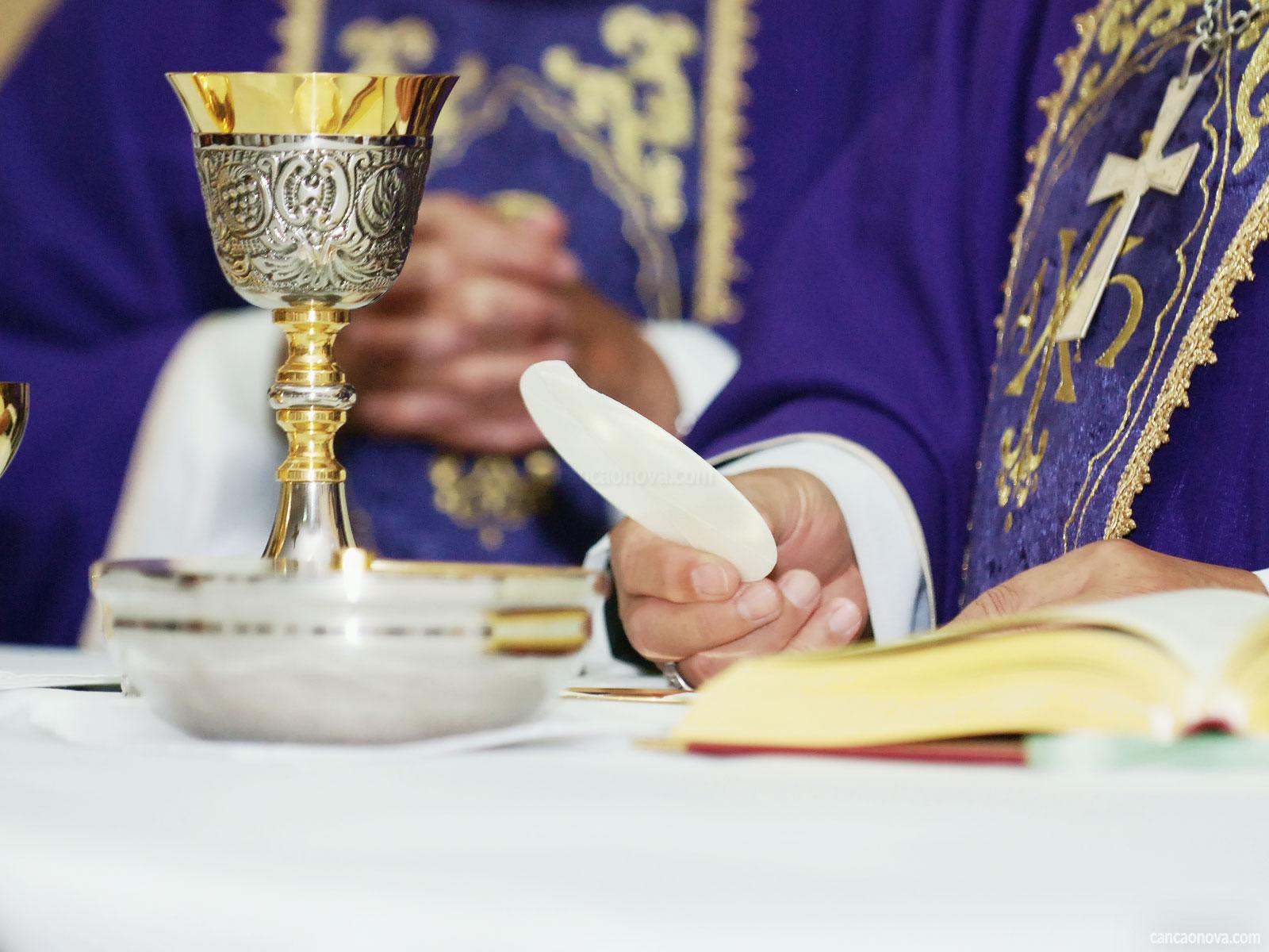 O sacramento da Eucaristia é o ápice de toda a vida cristã