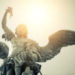 Os Papas falam sobre os anjos e incentivam nossa relação com eles