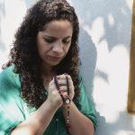 A exemplo de Maria, acolhamos o projeto de Deus em nossa vida