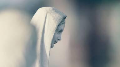 A fé e a obediência de Maria salvaram o mundo