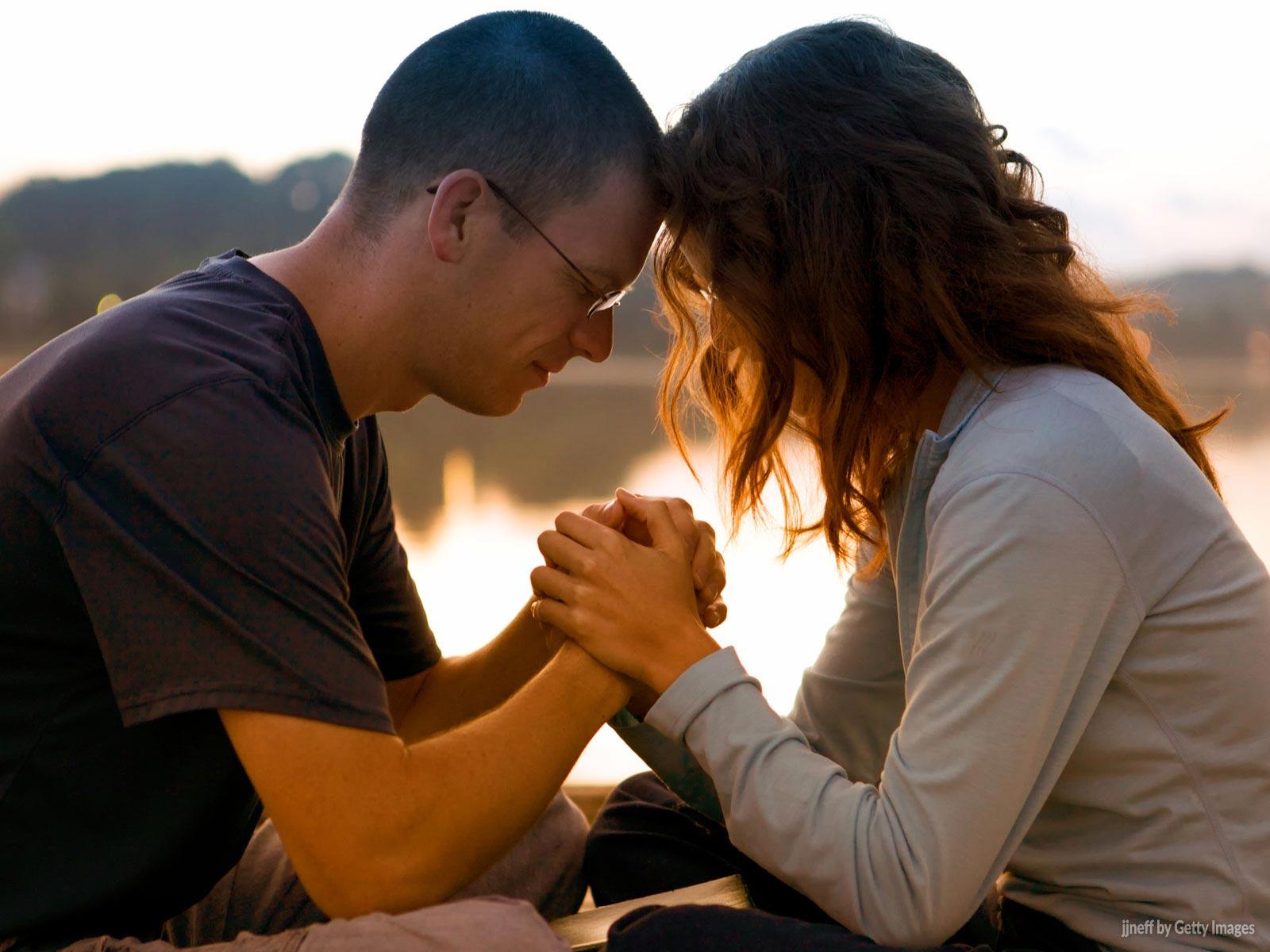 A perfeita unidade do casal é cultivada pela oração