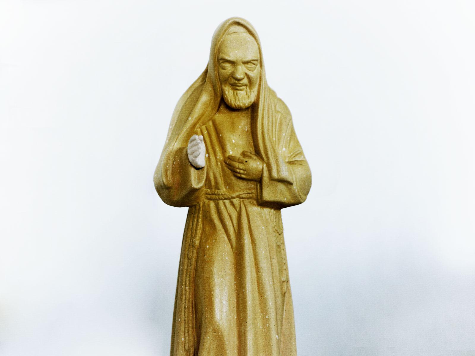 -Reflita-e-reze-com-os-pensamentos-de-São-Padre-Pio