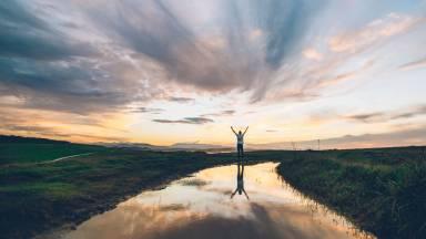 Passe o controle de sua vida para a Pessoa do Espírito Santo