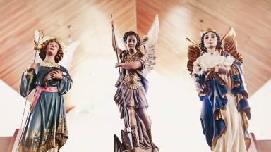 Entenda a criação dos Santos Anjos