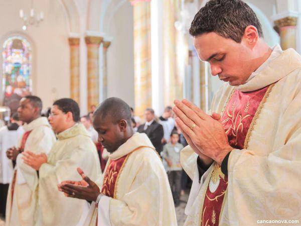 A Igreja católica não pode ficar sem sacerdotes