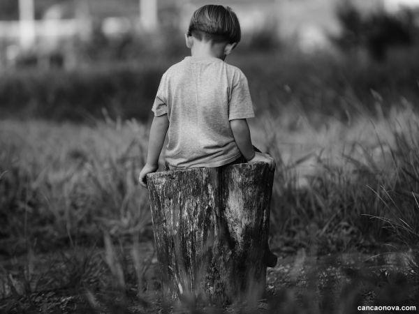 A tragédia dos filhos órfãos de pais vivos