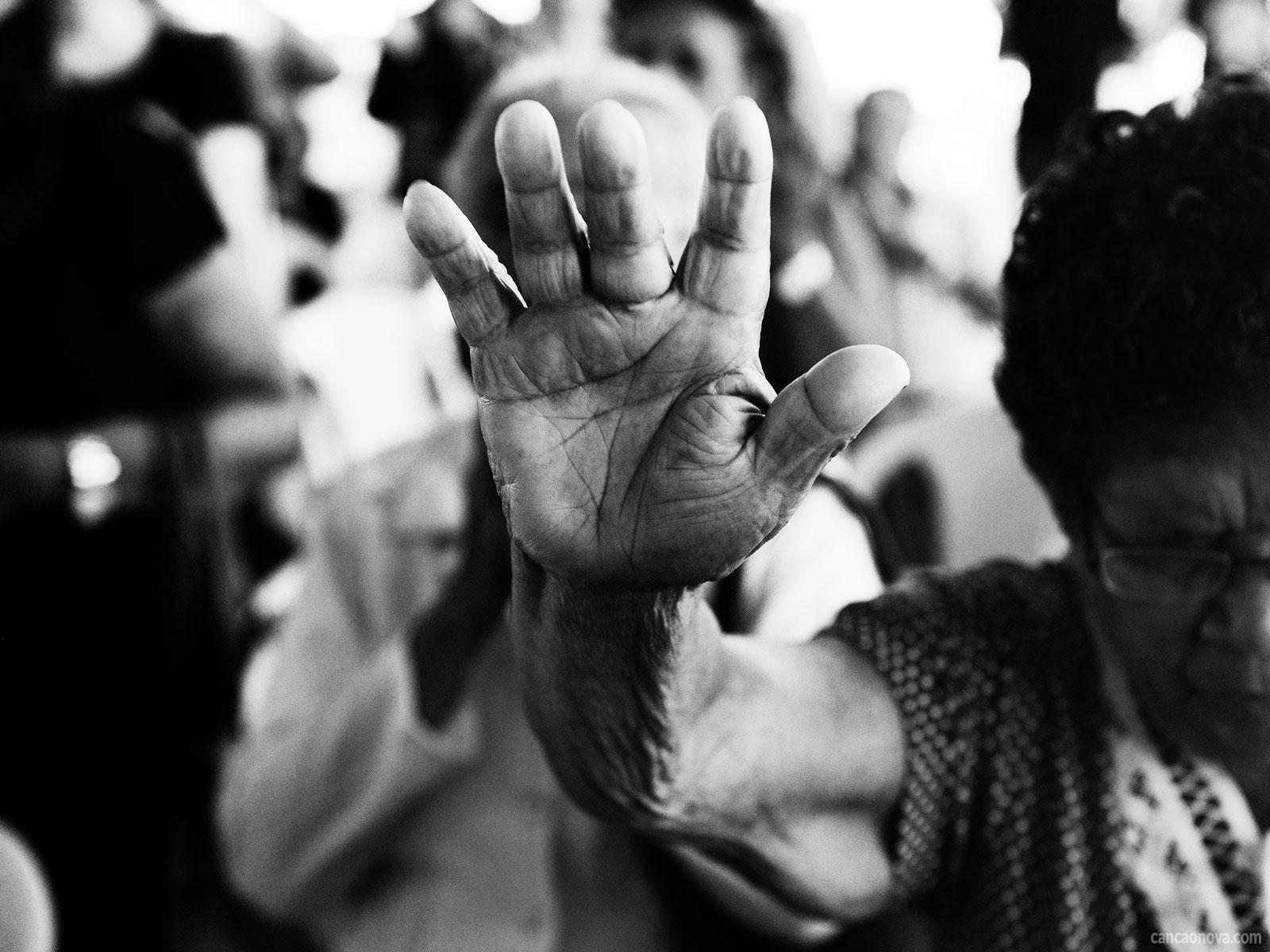 A-doença-do-corpo-e-alma-pode-ser-curada-com-a-oração