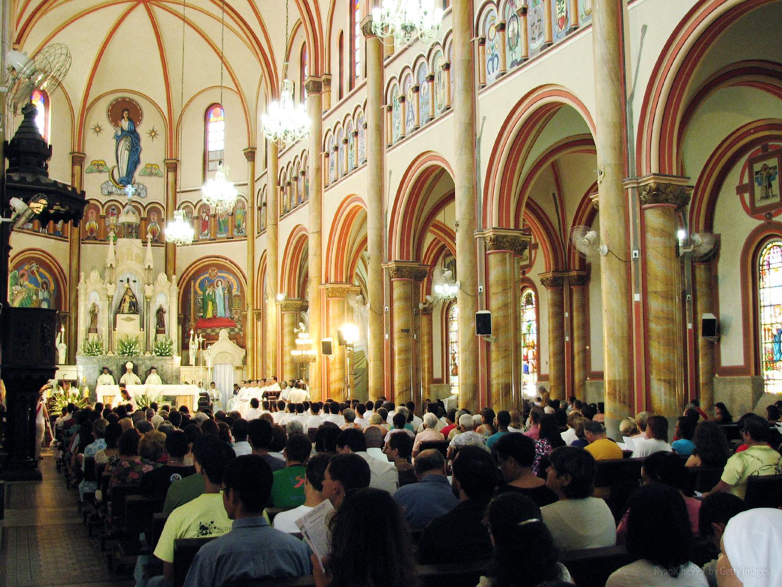A-importância-da-participação-da-Missa-na-paróquia