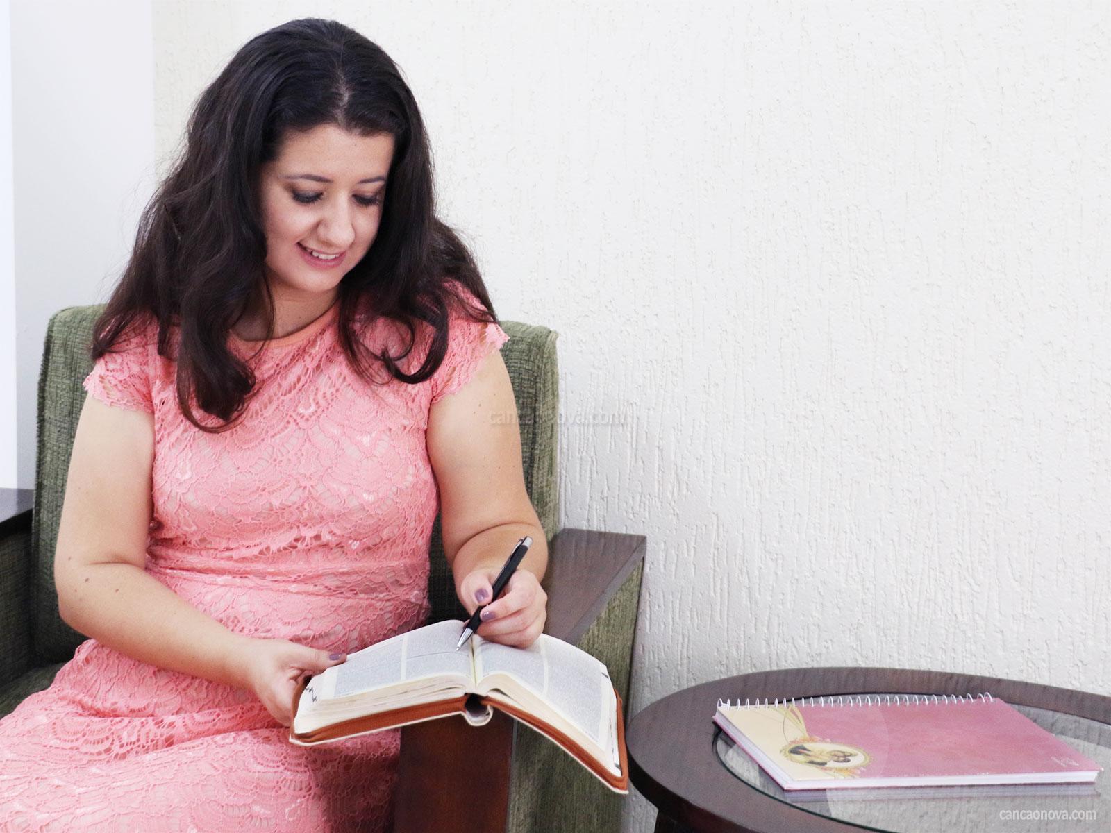 Por-onde-começar-um-estudo-bíblico