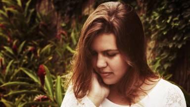 Entenda a diferença entre feminilidade e a sensualidade