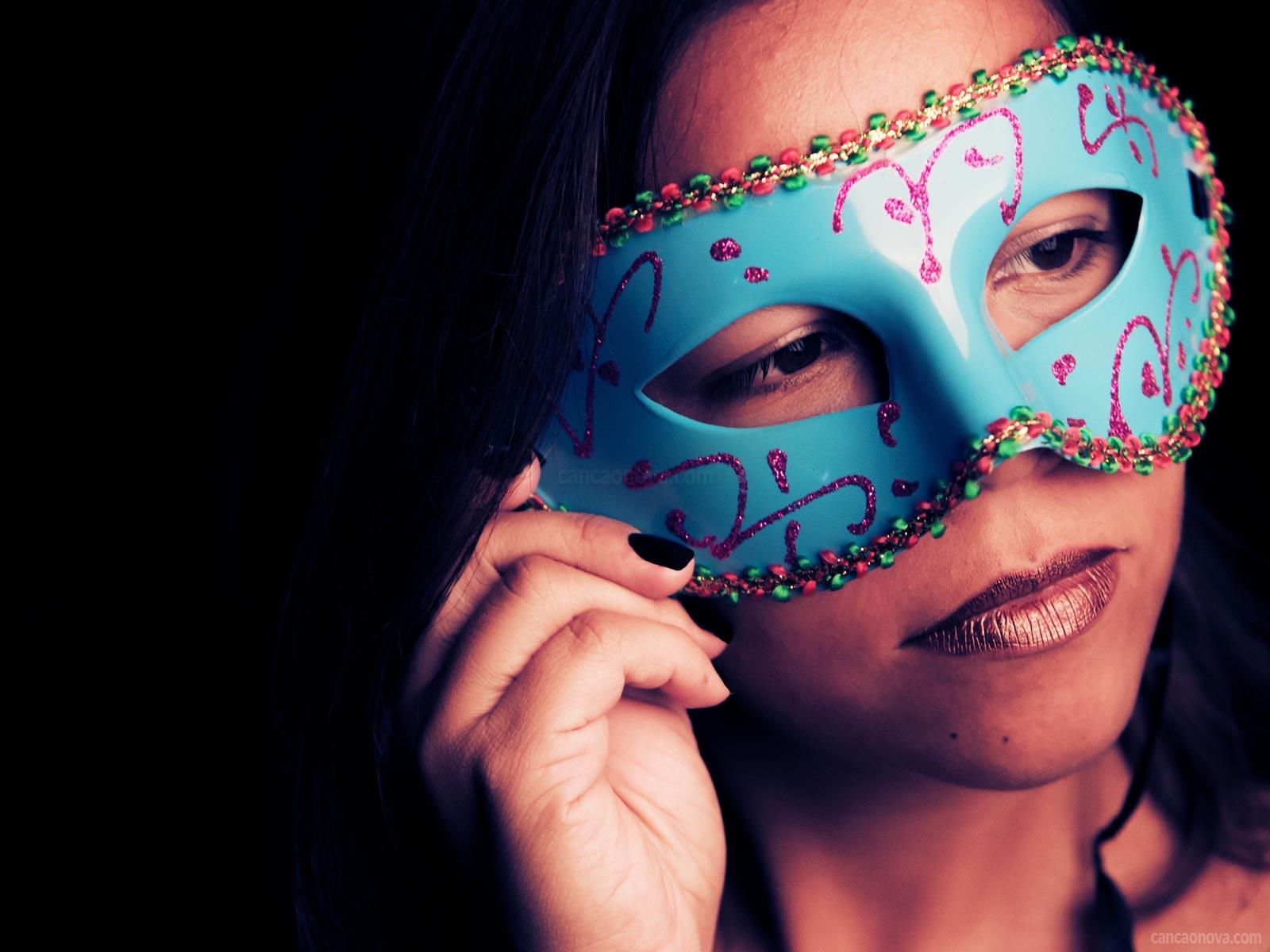 No carnaval, você tenta ser diferente do que é o ano inteiro?