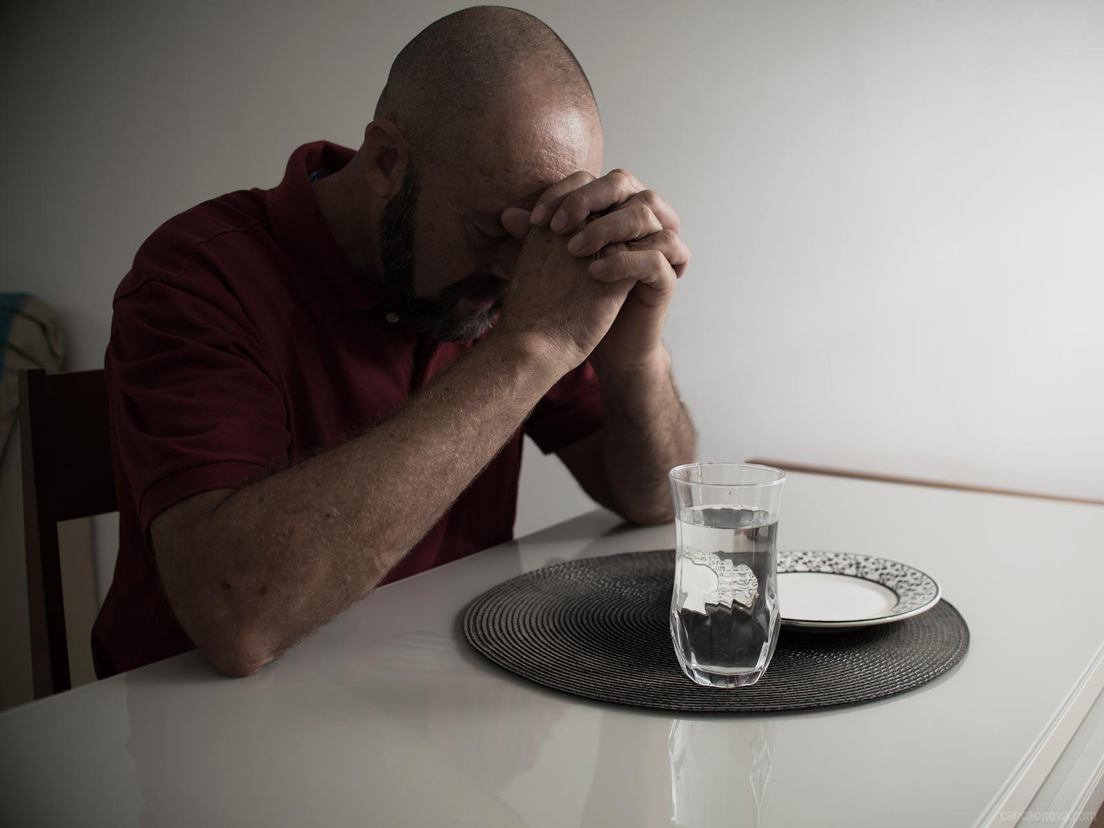 O jejum traz mais eficácia a nossa oração